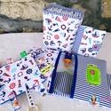 Babalátogató ajándék csomag névhímzéssel, Baba-mama-gyerek, Baba-mama kellék, Varrás, Ajándék csomag! Ajándék névhímzéssel!   Ha más mintájút szeretnél akkor kérlek rendelés előtt érdek..., Meska