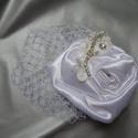 Menyasszonyi fejdísz francia fátyollal