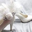 Cipőklipsz strucctollal, elegáns cipődísz, Esküvő, Cipő, cipőklipsz, Cipőklipsz strucctollal, elegáns cipődísz  A cipőd ékszere lehet ez a remek darab.  A cipőkli..., Meska