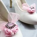 Rózsaszín cipőklipsz strasszokkal, Esküvő, Cipő, cipőklipsz, Rózsaszín cipőklipsz strasszokkal  A cipőd ékszere lehet ez a bájos darab.  A cipőklipsz olya..., Meska