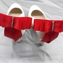 Piros masni cipőklipsz, Piros cipődísz, Esküvő, Cipő, cipőklipsz, Piros masni cipőklipsz, Piros cipődísz  Méretek: Hossza:9,7 cm Magassága:10,5 cm  A cipőd éks..., Meska