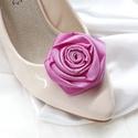 Pink rózsa cipődísz, Esküvő, Cipő, cipőklipsz, Pink rózsa cipődísz  A cipőd ékszere lehet ez a bájos darab.   A cipőklipsz olyan, mint egy b..., Meska
