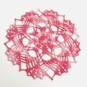 Vadrózsa - horgolt terítő, Otthon, lakberendezés, Dekoráció, Lakástextil, Terítő, Színátmenetes rózsaszín horgolócérnából készült, dekoratív mintájú, vidám terítő.  Átmérője: 17,5 cm..., Meska