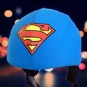 Superman sisakhuzat univerzális méretben, XS-XXXL bukósisakokra tervezve, Ruha, divat, cipő, Dekoráció, Kendő, sál, sapka, kesztyű, Női ruha, Ebben a sisakhuzatban talán még a Kriptonit sem tehet kárt Benned. Talán?  Univerzális méretű sisakh..., Meska