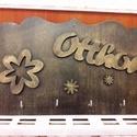 Bronz hatású Fali kulcstartó, Otthon, lakberendezés, Dekoráció, Tárolóeszköz, Saját készítésű rétegelt lemezből készült fali kulcstartó.25*15 cm a mérete, Meska