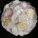 Pastel Rose menyasszonyi csokor,tartós virágokból, Esküvő, Esküvői csokor, Esküvői dekoráció, Hajdísz, ruhadísz, Virágkötés, Varrás, Ez a virágcsoda szaténból,organzából és pamutcsipkéből született meg. Gyönyörű pasztell színeit , e..., Meska
