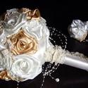 Classic Gold Menyasszonyi csokor, Esküvő, Esküvői csokor, Hajdísz, ruhadísz, Esküvői dekoráció, Varrás, Virágkötés, Az esküvői csokor ma már nem csak egy virágkiegészítő.Új elvárásoknak is meg kell felelnie,mint a t..., Meska