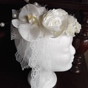 Vintage hajdísz orchideával esküvőre, Esküvő, Esküvői ékszer, Hajdísz, ruhadísz, Menyasszonyi ruha, Törtfehér,ekrü virágokból készítettem,stílusos és dekoratív hajdíszt,menyasszonynak.A fátyol ezúttal..., Meska