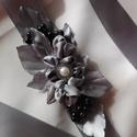 Fekete áfonyás ezüst öv, Esküvő, Táska, Divat & Szépség, Hajdísz, ruhadísz, Öv, Ruha, divat, Szaténöv,melyet esküvőre,bálra,szalagavatóra ajánlok. Az övpánt 200 cm hosszú. Ezüst-fekete színben ..., Meska