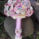 Lenvászon virág csokor, Dekoráció, Esküvő, Otthon, lakberendezés, Csokor, Lenvászonból készítettem a virágokat,gombokat varrtam porzókként. Hangulatos vidám csokrok,a..., Meska