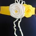 Szatén öv krém-sárga variáció, A két rózsás, klasszikus övemet, ez alkalommal...
