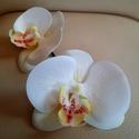 Orchidea hajdísz, Fehér , belül krém és rózsaszín pöttyös or...