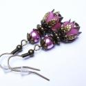 Rózsaszín tulipánvirág fülbevaló, Akryl virágból és tekla gyöngyből, valamint b...