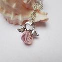 Rózsaszín üvegangyal nyaklánc, Ékszer, Medál, Nyaklánc, Nagyon szolid, egyszerű angyalkát formázó medál ezüst színű láncon.  A medál hossza: 3cm. Egy csiszo..., Meska