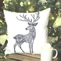 Szarvasos karácsonyi díszpárna, egyedi szarvas mintával - huzat + belső párna(40x40cm), Otthon & lakás, Dekoráció, Ünnepi dekoráció, • KÉZZEL KÉSZÍTETT DÍSZPÁRNA EGYEDI NYOMATTAL   TERMÉKLEÍRÁS: • belső párna + levehető huzat alul zi..., Meska