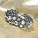 Greylight - ezüstszürke-hematit aszimmetrikus karkötő, Ékszer, Ruha, divat, cipő, Karkötő, Karácsonyi, adventi apróságok, Ezüstszürke, galambszürke és ezüstös bevonatú átlátszó szürke csiszolt gyöngyökből és hematit színű ..., Meska