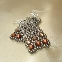 Szürke-bronz gyöngy téglalap fülbevaló, Ezüstszürke, matt bronz és matt réz színű cs...