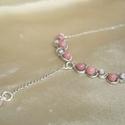 Rózsaszín rhodonit ásvány gyöngyös statement függős nyaklánc, Ékszer, Nyaklánc, Rózsaszín rhodonit ásvány gyöngyökkel és márványos üveggyöngyökkel díszített ezüstözött statement ny..., Meska