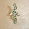Aqua green - tengerzöld gyöngyös állítható drótékszer gyűrű, Ékszer, Gyűrű, 4mm-es tengerzöld színű üveggyöngyökkel díszített, állítható ezüstözött drótékszer gyűrű. - Belső át..., Meska