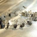 Fekete-fehér turmalin kvarc drótékszer karkötő, Ékszer, Karkötő, Fekete-fehér turmalinkvarc ásvány splitterekből készített színátmenetes drótékszer karkötő, kétszer ..., Meska