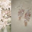 Pasztell rózsaszín fürtös fülbevaló, Ékszer, Fülbevaló, Halvány pasztell rózsaszín és lüszterezett áttetsző cseh üveggyöngyökből és málnakvarc valamint rózs..., Meska