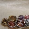 Aranyló fürt medál, drótékszer, nyaklánc, Ékszer, Nyaklánc, Lilás-bronzos, aranyló fényű fazettált cseh üveggyöngyökkel díszített, fürt formájú, ezüstözött drót..., Meska