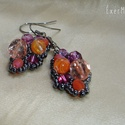 Narancs-magenta aszimmetrikus gyöngy fülbevaló, Többféle méretű, formájú és árnyalatú nar...