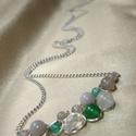 Szürke-zöld statement nyaklánc ásványokkal, Ékszer, Nyaklánc, Szürke és zöld achát, áttetsző cseh kristály csepp, fehér turmalin és zöld karneol ásvány gyöngyökke..., Meska