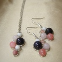 Kék-rózsaszín fürtös fülbevaló és nyaklánc szett, Kék csillámos homokkő, rózsaszín achát, róz...