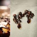 Barna fürtös drótékszer fülbevaló, Különböző méretű és formájú, barna árnya...