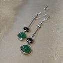 Duo dots - bordó - zöld ásvány gyöngyös fülbevaló , Ékszer, Fülbevaló, Ezüstözött ékszerdrótból, 6 mm-es fazettált kalcedon és 4 mm-es bordó gránát ásványgyöngyök felhaszn..., Meska