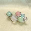 Pasztell rainbow mini ásvány kitűző, Rózsaszín jádéval és cseresznyekvarccal, sár...