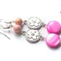 Japán cseresznye fülbevaló, Ékszer, Fülbevaló, A fülbevaló ezüst színű alapra, arany színnel bevont rózsaszín jáde gyöngyökből, pink kagyló korongo..., Meska