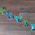 KEVIN - Babanév, babaváró, bababetű, Baba-mama-gyerek, Dekoráció, Otthon, lakberendezés, Gyerekszoba, Mindenmás, Festészet, Dekorgumiból készűlt, akril festékkel és aranyos figurákkal vannak díszítve.  Mérete 11 cm  Hátolda..., Meska