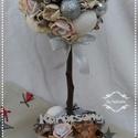 Karácsonyii Romantikus Virágfa gömbfa asztaldísz, Egy ezüst színű kerámia kaspóba készítettem...