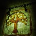 Életfa medál., Ékszer, Magyar motívumokkal, Nyaklánc, Ékszerkészítés, Üvegművészet, Stilizált üveg életfa medál. Az életfa a magyar nép egyik legősibb szakrális jelképe. Az üveg medál..., Meska