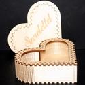 Szív alakú ajándék doboz 004, Dekoráció, Otthon, lakberendezés, Anyaga: 4mm -es fa lemez Méretei: 13 x 12,5 x 4,5 cm  Felületkezelve  Igazi szívhezszóló kis ajándék..., Meska