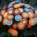 Kerámia virág, Dekoráció, Esküvő, Csokor, Nászajándék, Kerámia virág átmérője 7 cm, szára 30 cm acél huzal zöld színű. A virágok különböző mintázatúak, szí..., Meska