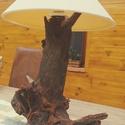 Asztali lámpa, Akác gyökérből készült abszolút egyedi aszt...
