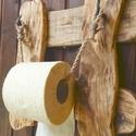 WC papír tartó, Tömör fából készült rusztikus papírtartó.