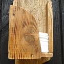 Pzs. tartó, Tömör fából készült falra akaszthatós ruszt...