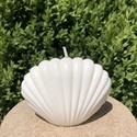 Shell, Otthon & Lakás, Dekoráció, Gyertya & Gyertyatartó, Gyertya-, mécseskészítés, Szójaviaszból készült kagyló formájú gyertya. Elkészítési idő: kb. egy nap Méret: 11x8 cm Szójából ..., Meska