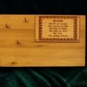 """Fali kulcstartó """"Házi Áldás"""", Nemes fából elkészítve(2.5cm vastag) és lakko..."""
