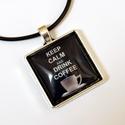 Kávés üveglencsés nyaklánc