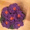 Ibolya, Dekoráció, Húsvéti díszek, Csokor, Horgolás, Eddigi munkáim közül ez a kedvencem. Egyszerű, de igényes...  A Love Crochet mintája alapján készít..., Meska