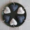 Karácsonyi hímzett filc szívek