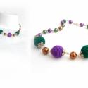 rövid lila-zöld horgolt golyócskás SZÍNTERÁPIA nyaklánc - fciskaság, Ékszer, Nyaklánc, alapanyagok: - ezüst-antik színű pálca - 8-10mm-es cseh teklagyöngyök - ezüst-antik színű g..., Meska
