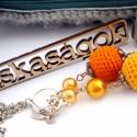 narancsos gyalogkakukk LIBEGŐ fciskaság nyaklánc, Ékszer, Nyaklánc, alapanyagok: - ezüst-antik színű pálca - 8-10-14mm-es cseh teklagyöngyök - horgolt és szatén..., Meska