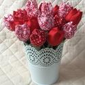Textil tulipán / szett: 12 db/ ingyen ajándékkísérővel, Dekoráció, Csokor, Egyedi textil TULIPÁNOK eladók.   A csokor 12 szál tulipánt tartalmaz piros- fehér árnyalatokban.  G..., Meska