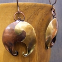 Tirke-tarka fülbevaló, Ékszer, Egy vidám fülbevaló vörös-és sárgarézből:), Meska